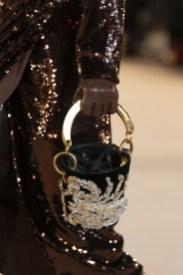 модные тенденции сумок осень 2020 зима 2021 сумка ведро