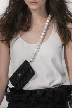 тенденции модные сумки 2020 2021 микро сумка
