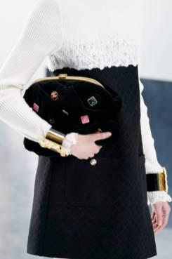 модные тенденции сумок осень 2020 зима 2021 клатч
