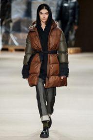 модные модели пуховиков зима 2020 2021 с поясом