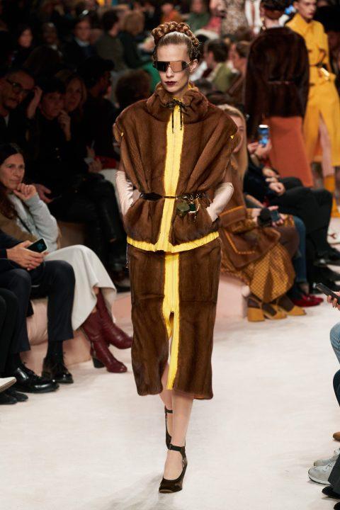 модные шубы Фенди зима 2020 2021