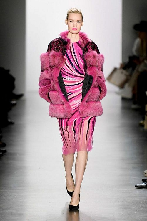 модные шубы из лисы и норки тенеденция 2020 2021