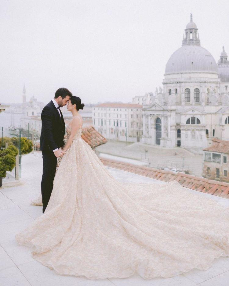 самые красивые модные свадебные платья 2021
