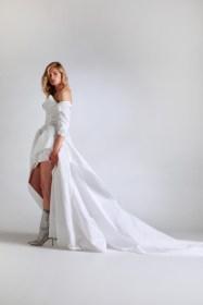 свадебные платья тренд 2021-го: укороченную спереди юбка - маллет