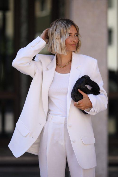 модный белый костюм 2021 женский