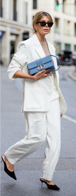 как модно носить белый женский брючный костюм