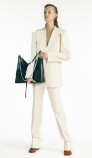 модный белый брючный костюм 2021 женский Fendi