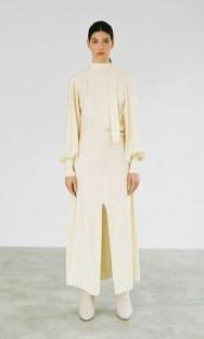 самые модные платья лето 2021 года - тренд атлас