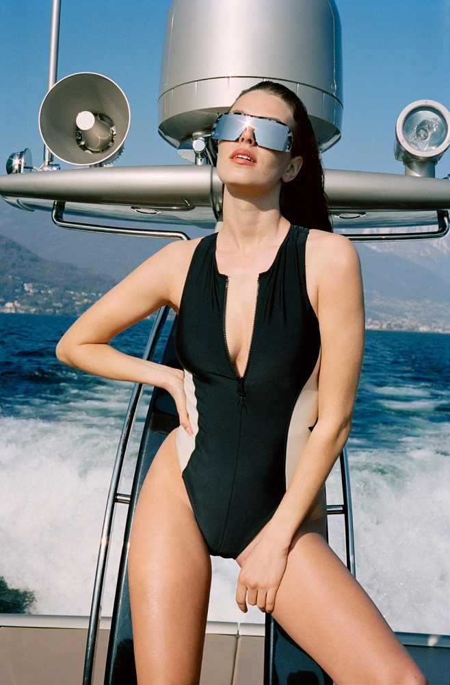 модный купальник 2021 в спортивном стиле
