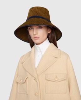 модные шапки осень зима 2021 весна 2022 тренд шляпа ведро Gucci