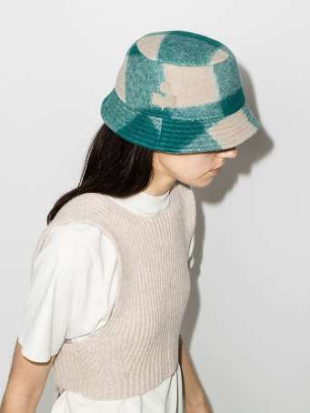 модные шапки осень зима 2021 весна 2022 тренд шляпа ведро