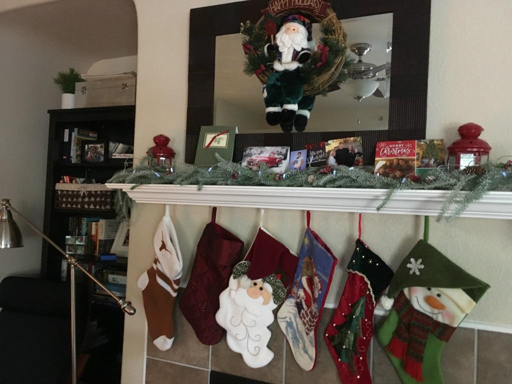Christmas mantel with stockings