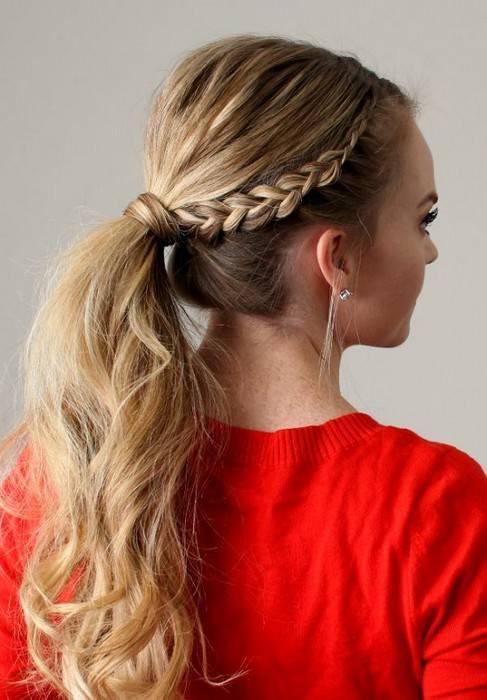 Выше хвост: 7 причёсок-хвостов на каждый день недели, которые спасут в летнюю жару