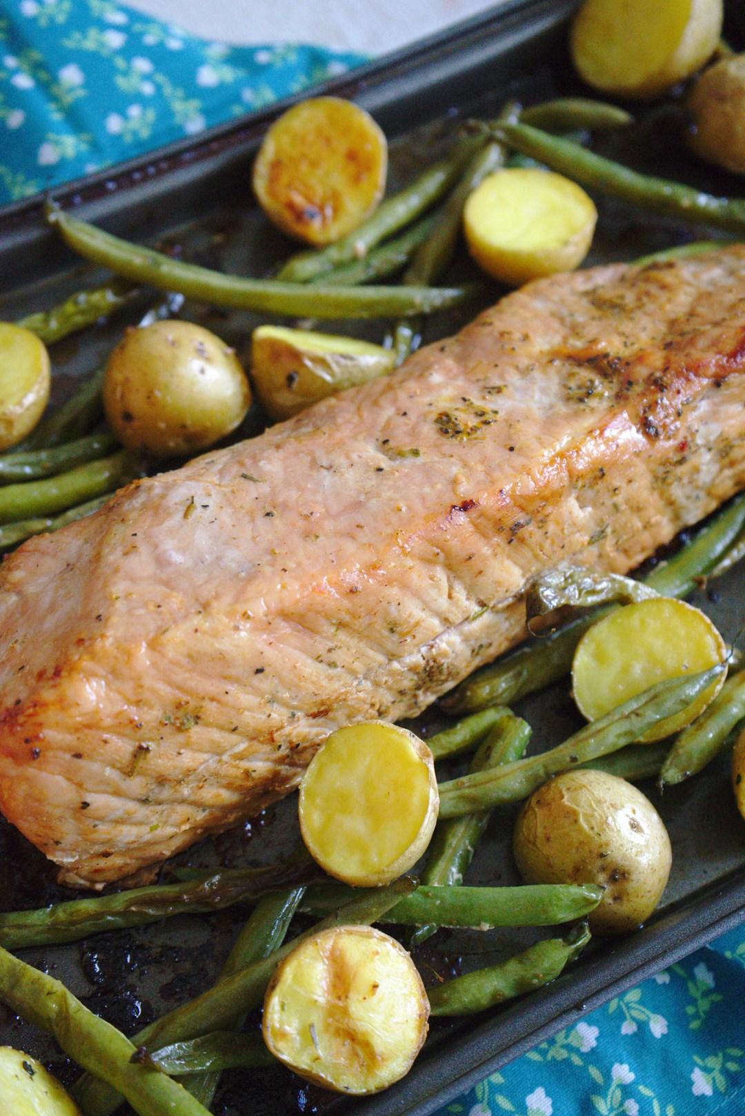 Sheet Pan Garlic Herb Pork and Veggies