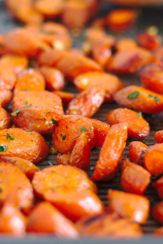 Oven Roasted Garlic Butter Carrots