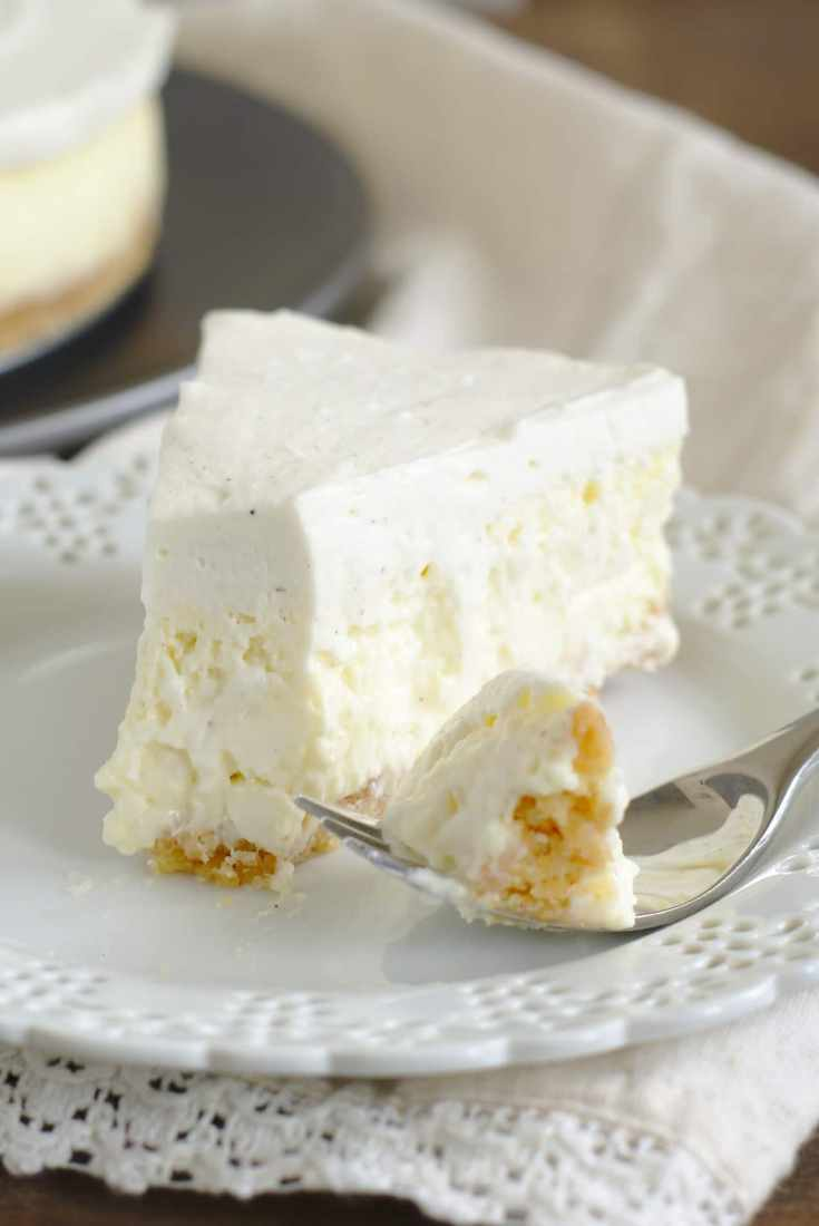 Vanilla Bean Cheesecake {Cheesecake Factory Copycat Recipe}