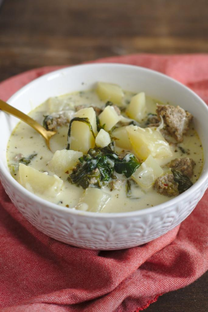 Slow cooker zuppa toscana soup olive garden copycat - Olive garden zuppa toscana crock pot ...