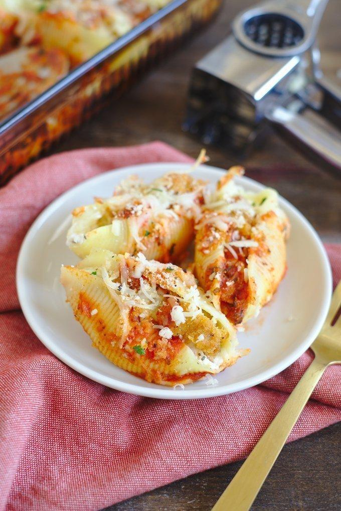 Chicken Parmesan Stuffed Shells