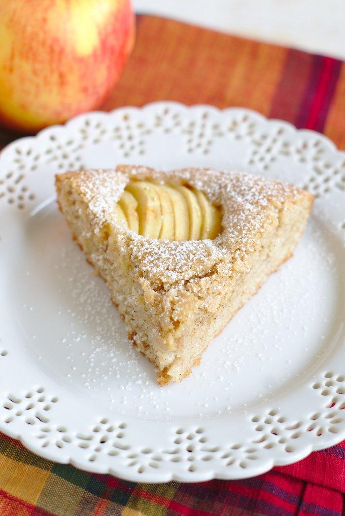 German Apple Cake (Versunkener Apfelkuchen)