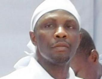 "AVENGERS...""TOMPOLO IS CARRYING ON A DIALOGUE ON THE PAGES OF THE NEWSPAPERS WITH HIMSELF!"""