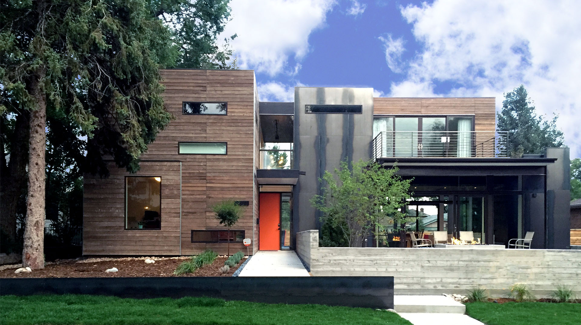 Architectural And Modern Landscaping In Washington Park