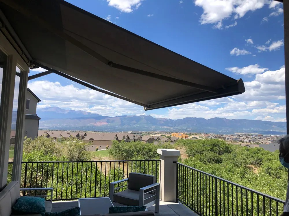 retractable awning broomfield