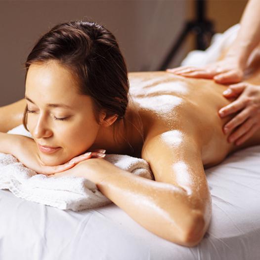 masaje-tailandes-con-aromaterapia