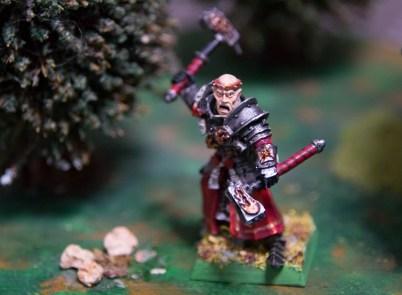 Sacerdote guerrero