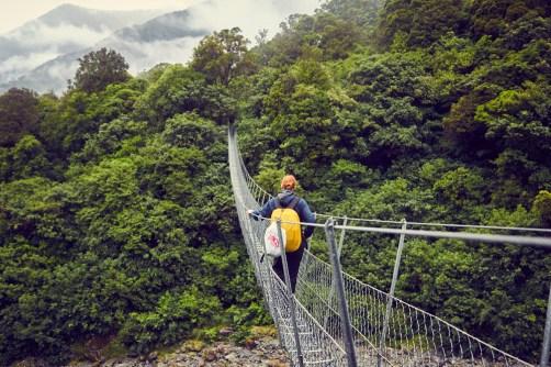 Copland Track, Swingbridge, Hängebrücke, überqueren, Chrisi, Miles and Shores, Reiseblogger, Neuseeland, New Zealand