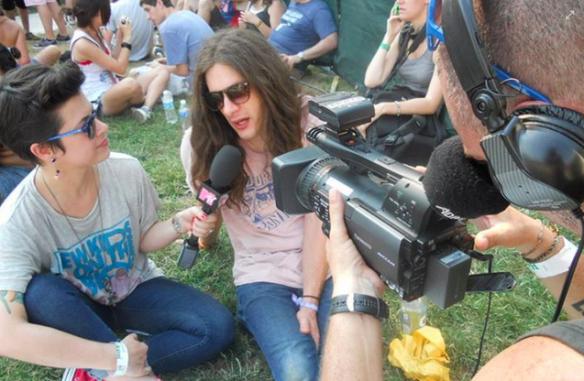 being a VJ 2, Pitchfork Music Festival, 2011 (with musician Kurt Vile)