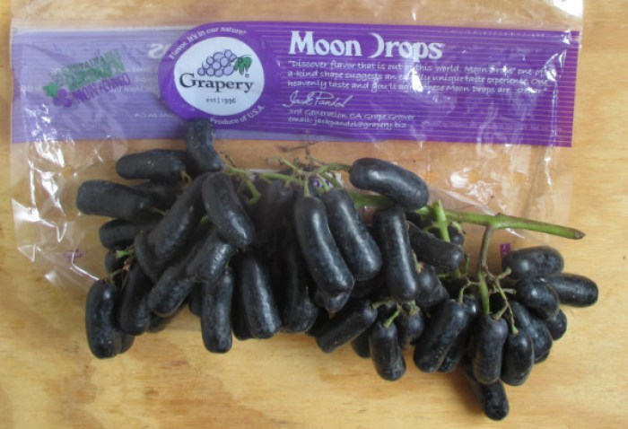 Moon-Drop-Grapes-Bag