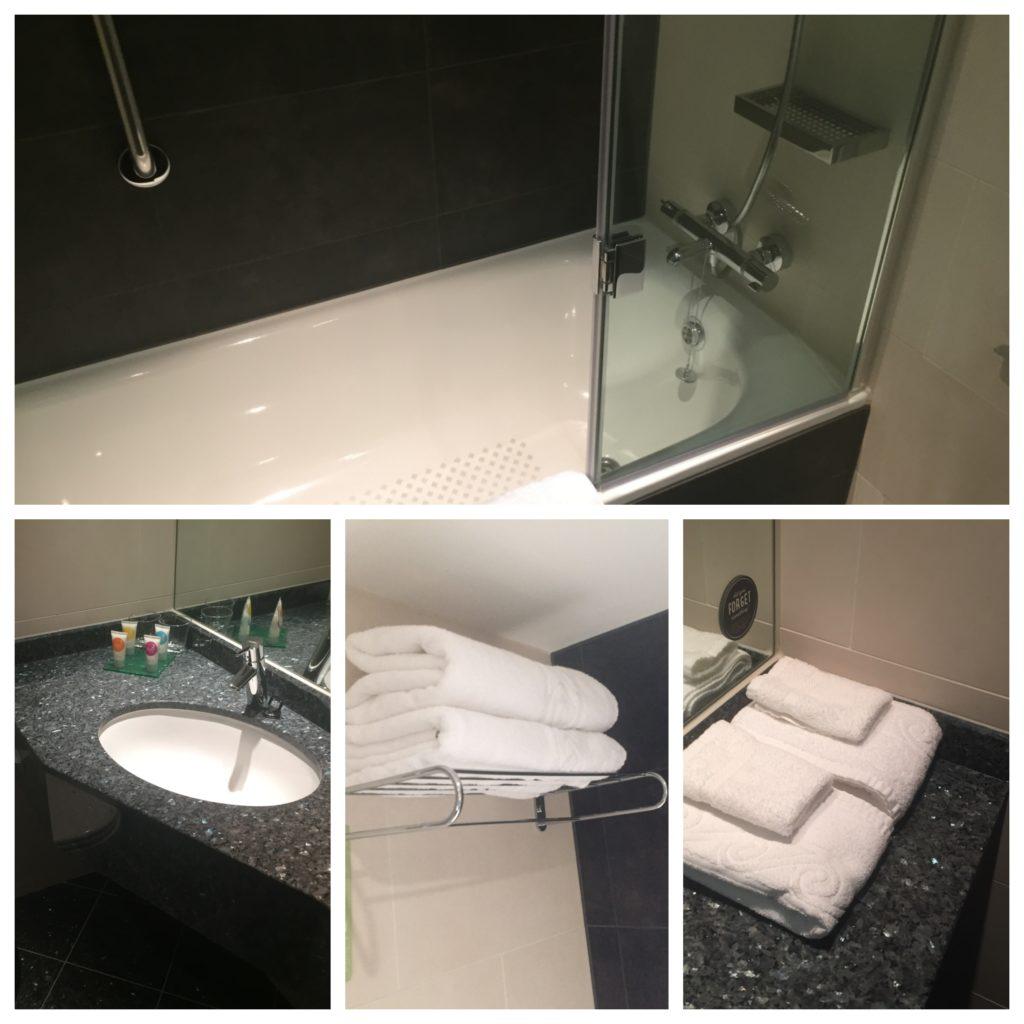 hyatt-place-heathrow-bathroom
