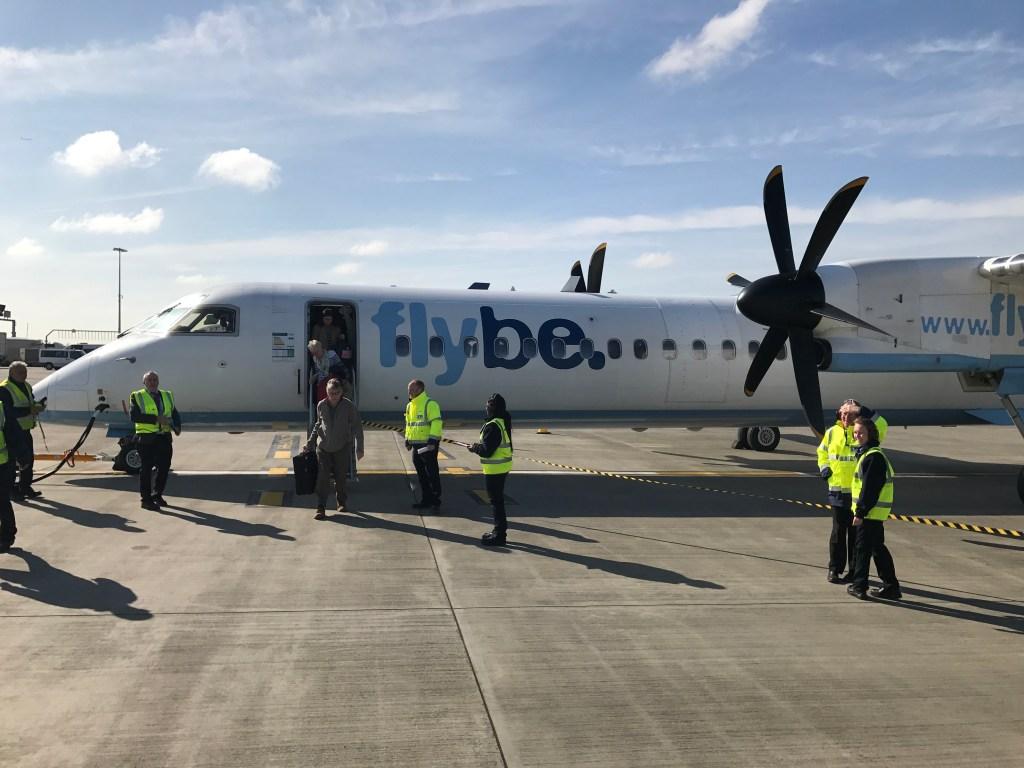 Flybe Dash 8 at LHR