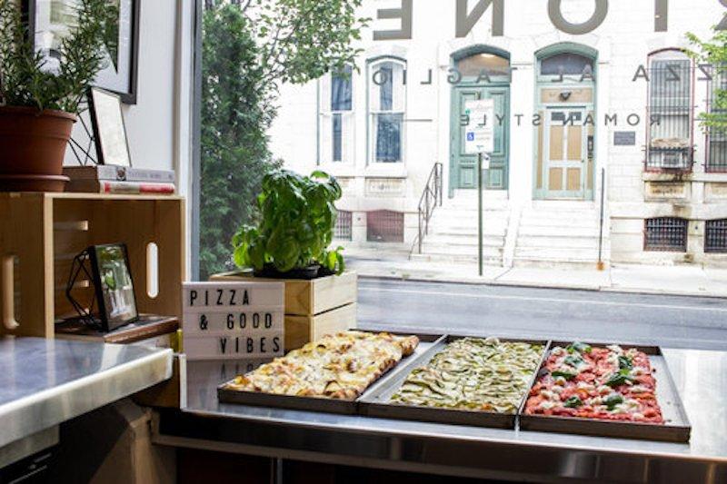 Restaurant Pizza Counter