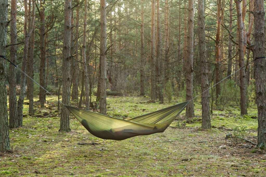 leśne obozowanie hamak lesovik