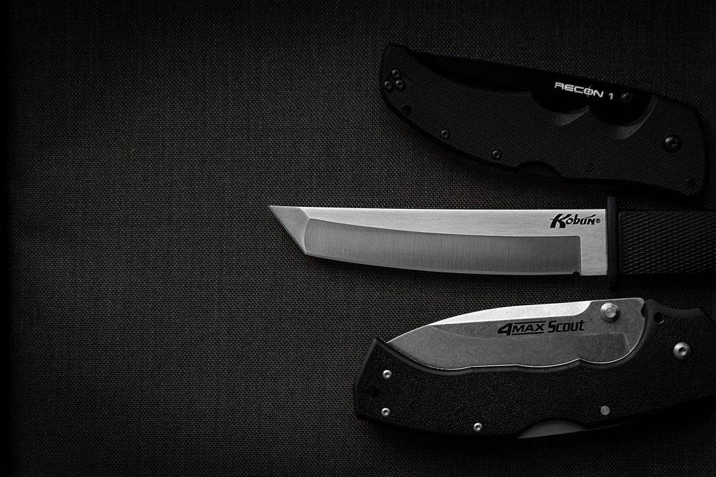 Nóż składany czy z głownią stałą