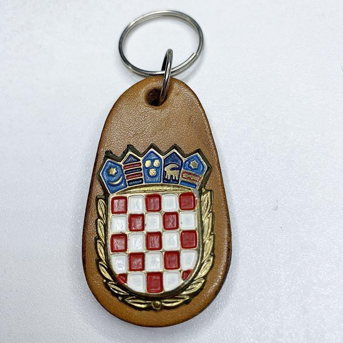 Croatia CRO Police Croatian Armed FORCES Army Vintage key breast Badge Leather 3