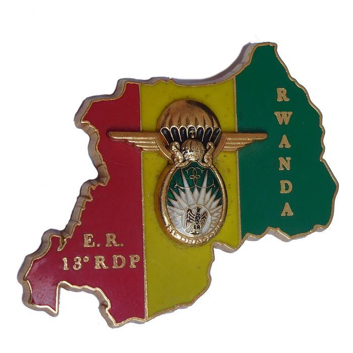 Africa RWANDA French Airborne REGIMENT DRAGOONS 13 Parachutistes Badge Delsart