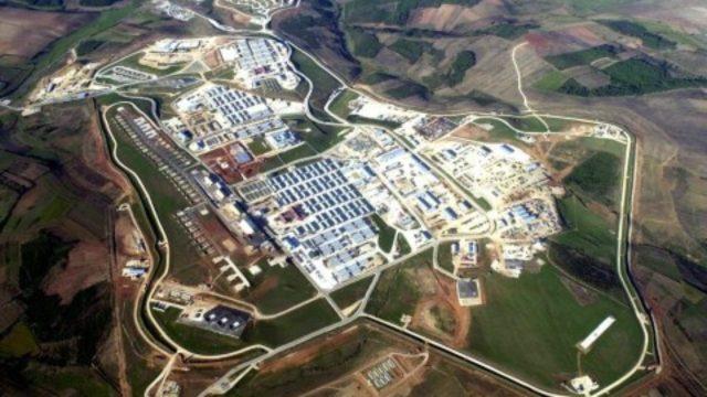 Resultado de imagen para base militar Camp Bondsteel
