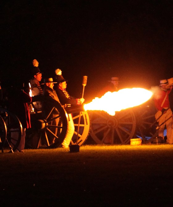 Living History — Twilight Artillery Duel in Niagara