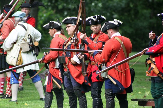 Soldiers of the British 60th Regiment of Foot.