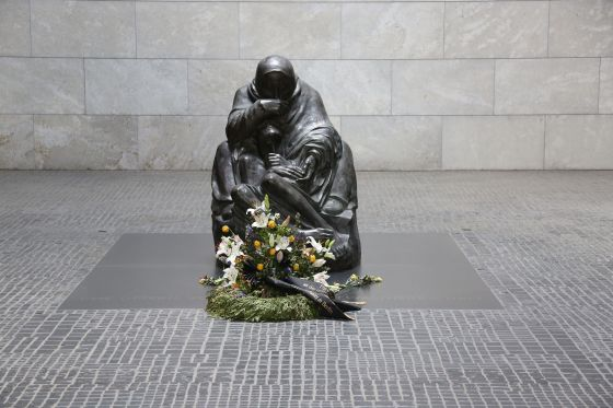 A statue of a mother cradling her dead son at Berlin's Neue Wache memorial. (Image source: WikiCommons)