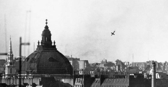 A V-1 falls onto London. (Image source: WikiCommons.)