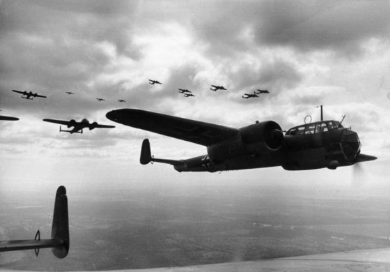 The Last Blitz – Hitler's 1944 Bomber Campaign Against London