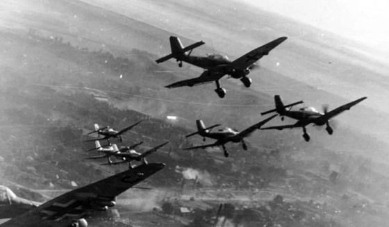 Stukas in action, 1943. (Image source: German Federal Archives)