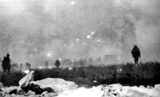 infantrymen advance through clouds of poison gas. (Image source: WikiCommons)