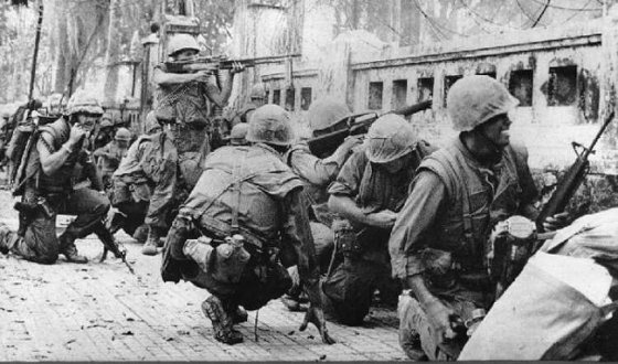 U.S. Marines in the city of Hue, 1968. (Image source: WikiCommons)