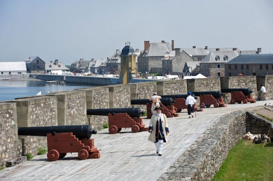"""Benjamin Franklin described the sprawling French fortress at Louisbourg, Nova Scotia as """"a tough nut to crack"""". Yet it was remarkably easy for British and colonial forces to capture in 1745, thanks to French incompetence. (Image source: Fortress Louisbourg Association)"""