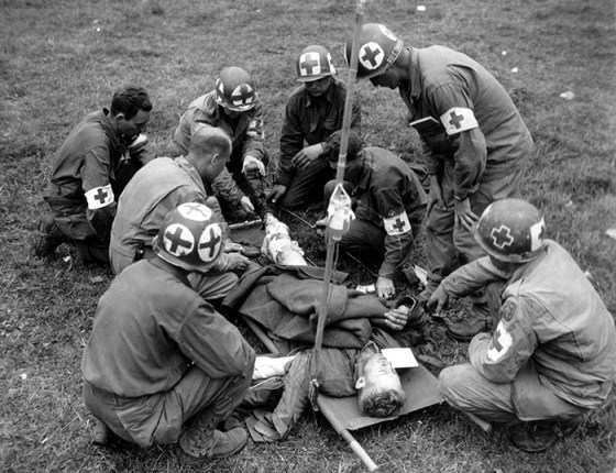 Tough Call — WW2 Medic Recounts Agony of Choosing Which Wounded Comrades to Save (LISTEN)