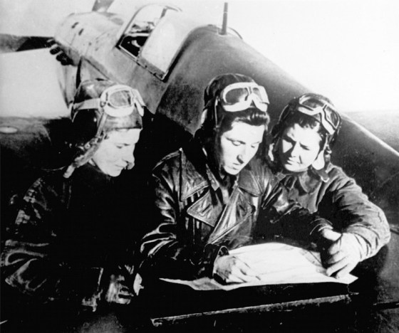Soviet women combat pilots plan for their next mission. (Image source: WikiCommons)